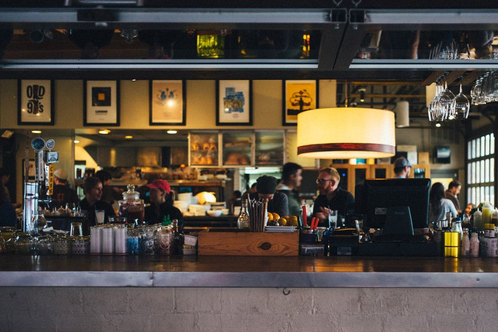 SPRING CLEAN YOUR RESTAURANT WITH A PAPERLESS HR SOLUTION